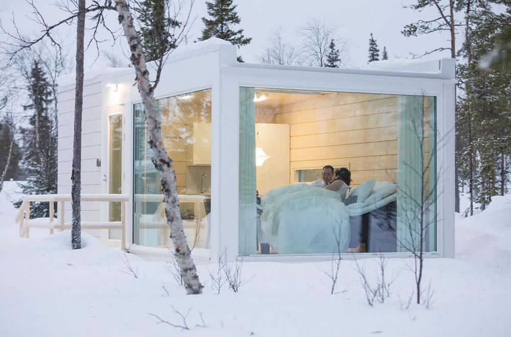 The Glass Suite - Sun & Snow Weddings